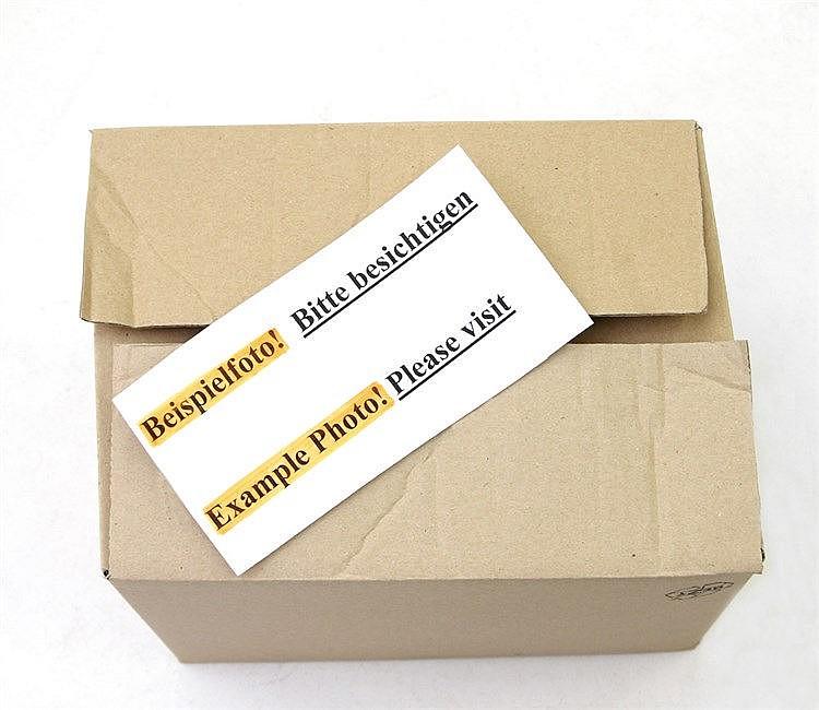Sammlungsaufgabe - 7 Plastikboxen und 2 Alben mit Münzen aus aller Welt,
