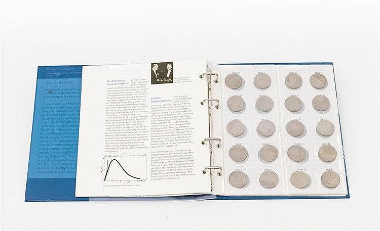 BRD - Max Planck, Sammlung von 62 x 2 DM Prägungen,