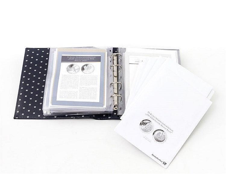 BRD Gedenkmünzen, z. T. in SILBER - 22 x 10 Euro, im Album oder in Briefumschlägen,