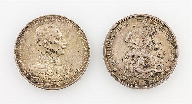 2 SILBERmünzen Deutsches Reich - 1 x Preussen - 3 Mark 1913, 25-jähriges Regierungsjubiläum Wilhelm II., s., beiderseits fleckig, ca. 15g Ag fein.
