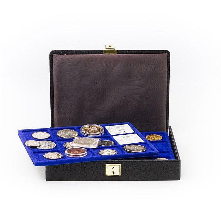 Fundgrube mit etwas SILBER - kleiner Münzenkoffer ohne Highlights,