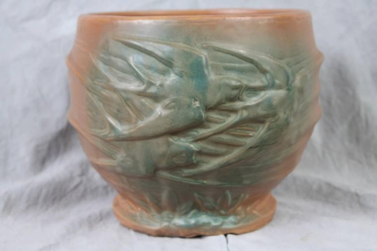 L23 Antique Vtg Mccoy Pottery Vase 8 In Swallow Birds