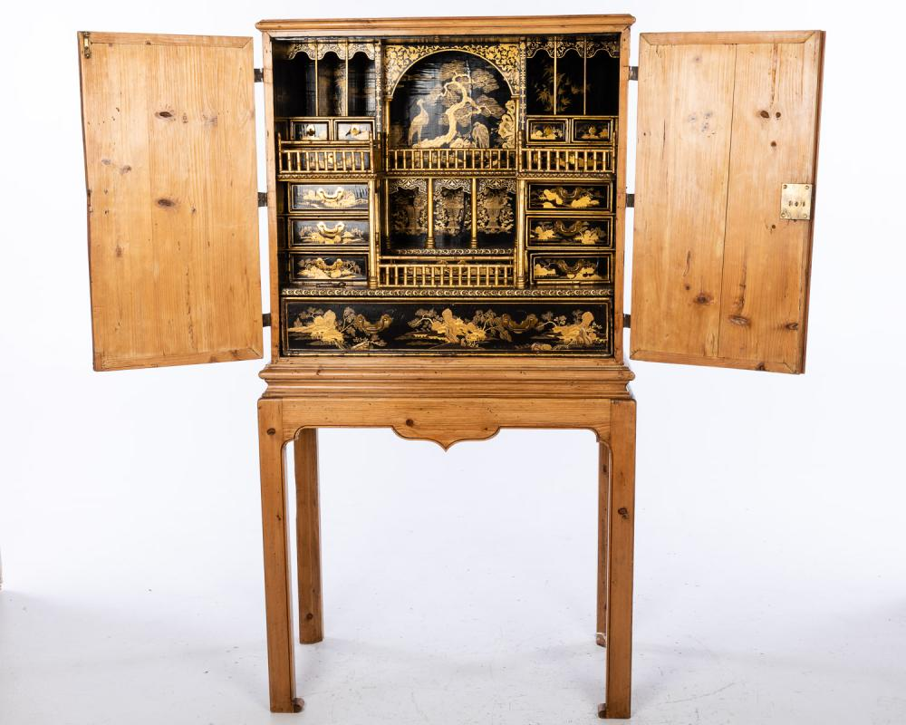 CHINESE LACQUER CHEST, 18TH CENTURY