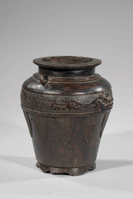 Vase archaïsant
