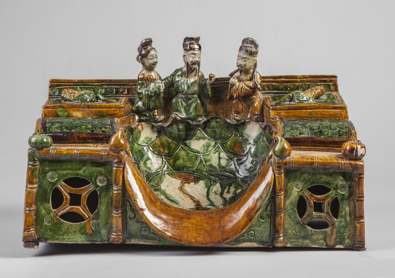 Repose tête formant escalier autel étagé