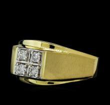 0.33 ctw Diamond Ring - 14KT Yellow Gold