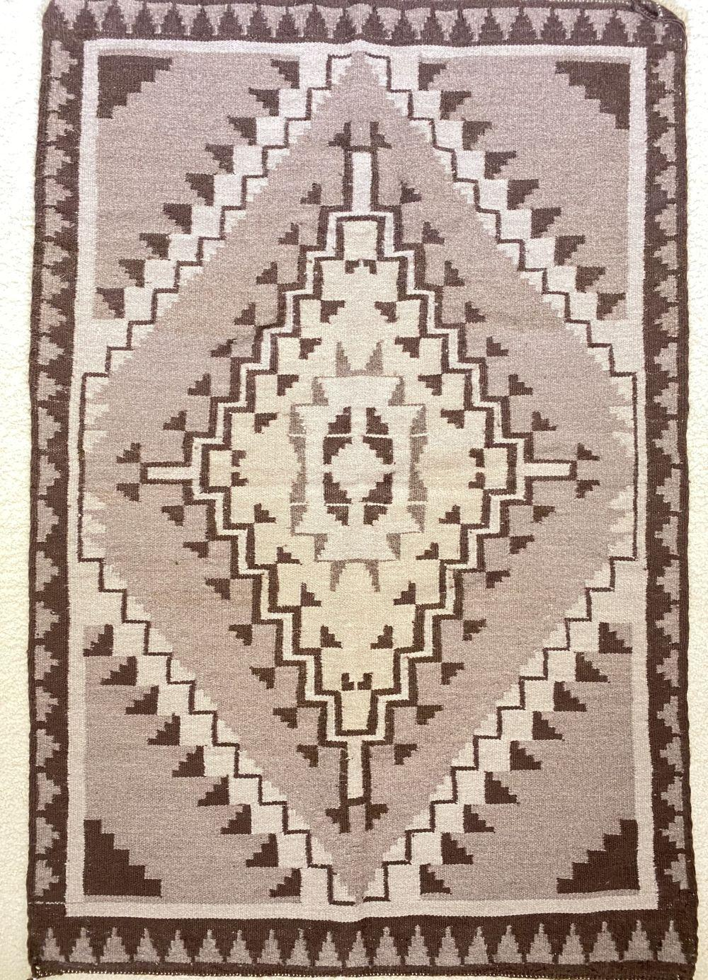 Native American Hand Woven Two Grey Hills Rug