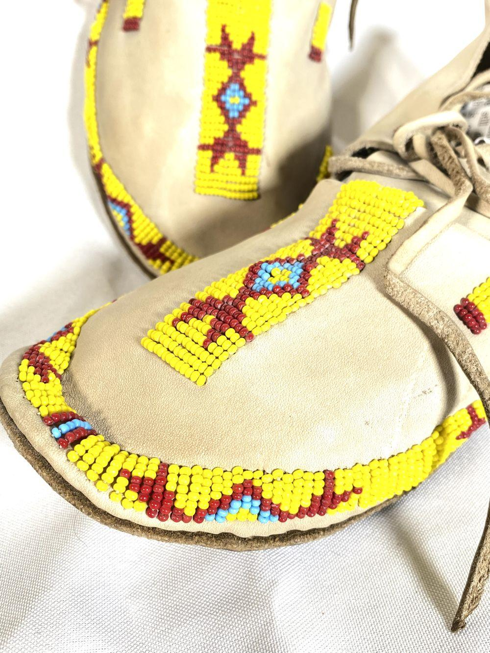 Vintage Native American Pima Beaded Moccasins