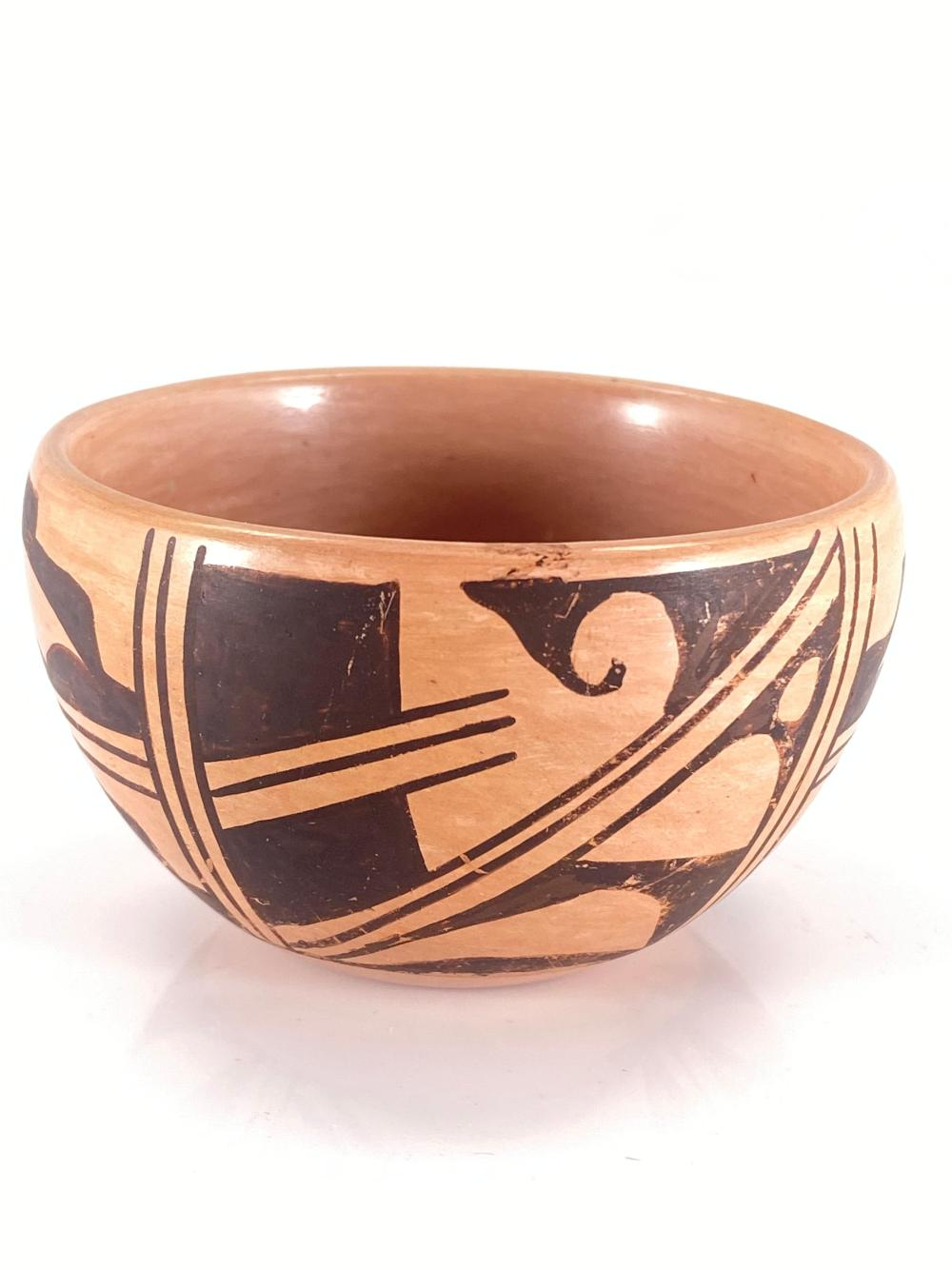 Native American Clarice Signed Pot