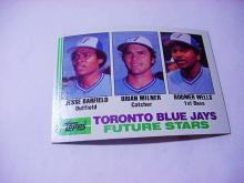 1982 TOPPS # 203 JESSE BARFIELD ROOKIE BASEBALL CARD