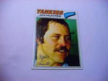 1977  # 280 TOPPS JIM HUNTER BASEBALL CARD