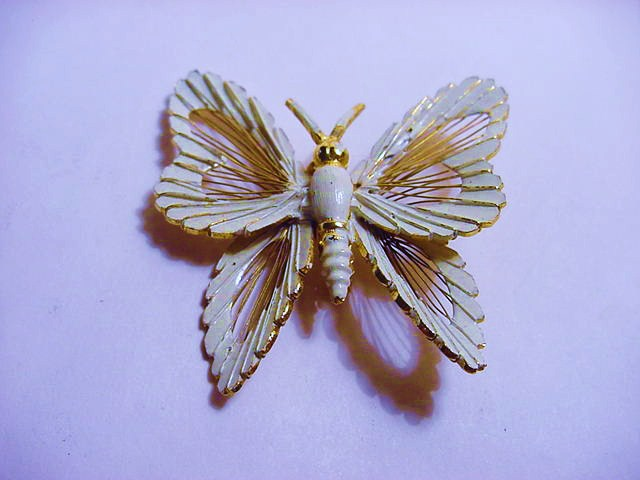 Is Monet Jewelry Real >> VINTAGE MONET ENAMEL BUTTERFLY PIN