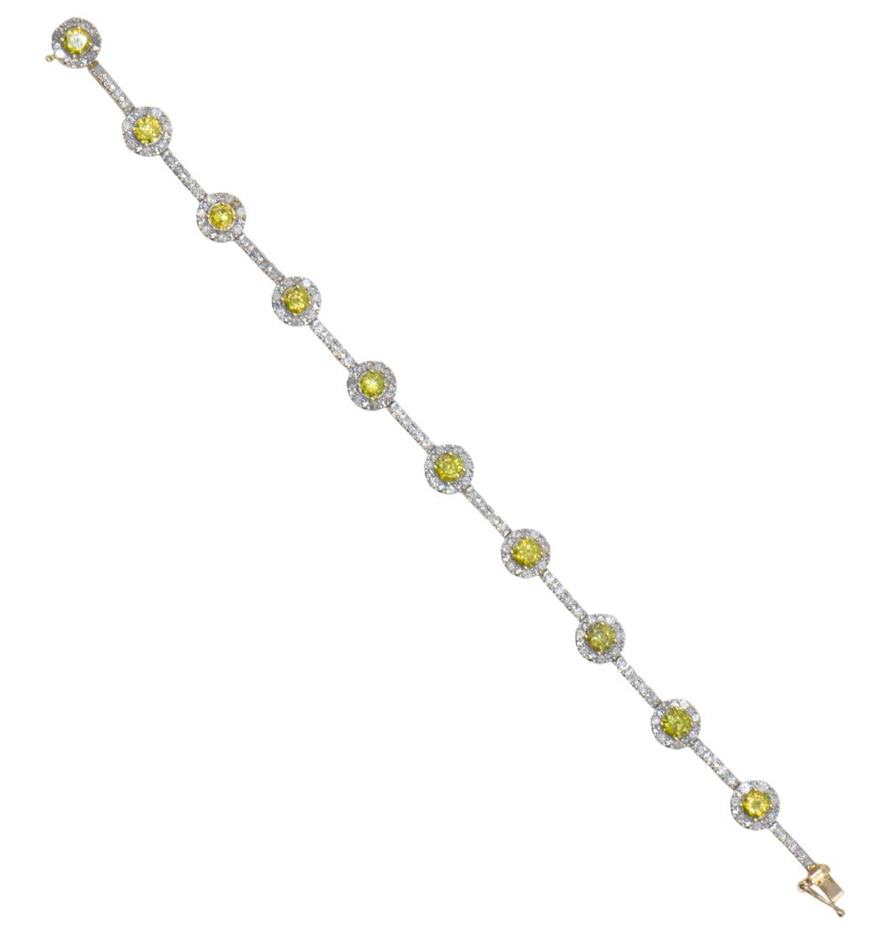 14 Karat Yellow Gold & Diamond Bracelet