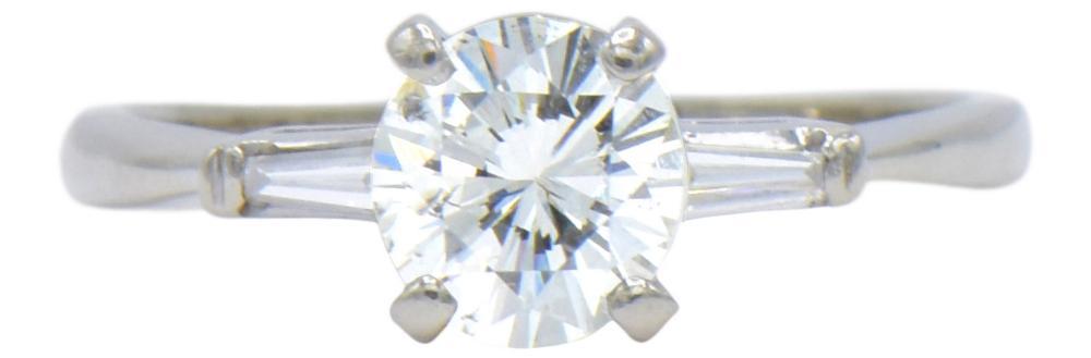 14 Karat White Gold & 0.92 Carat Diamond Ring