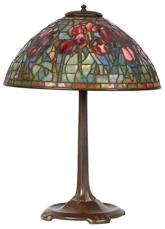 16 in. Tiffany Studios Red Tulip Table Lamp