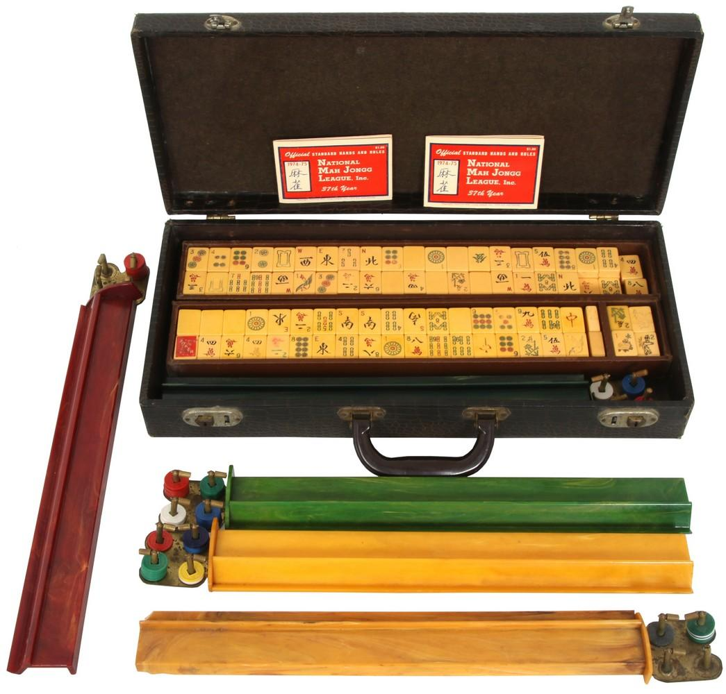 Mah Jongg Game in Case
