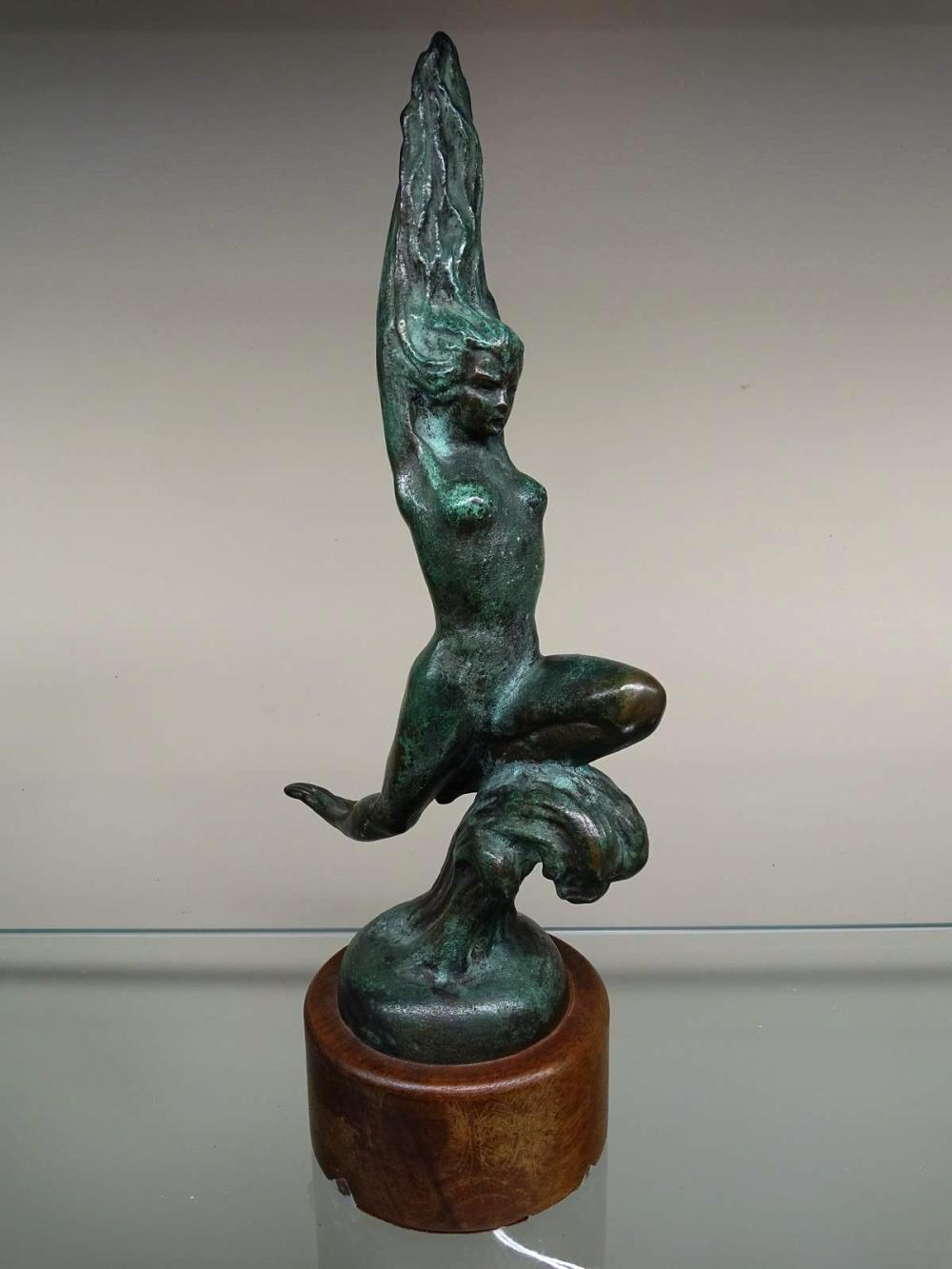 ART DECO FEMALE NUDE WOMAN