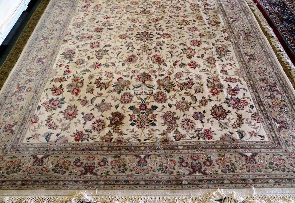 PERSIAN STYLE TABRIZ AREA CARPET