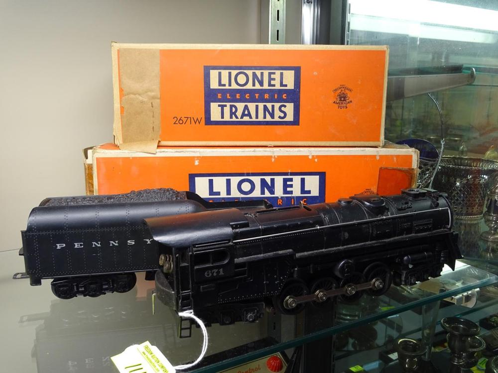 LIONEL TRAINS ENGINE AND TENDER