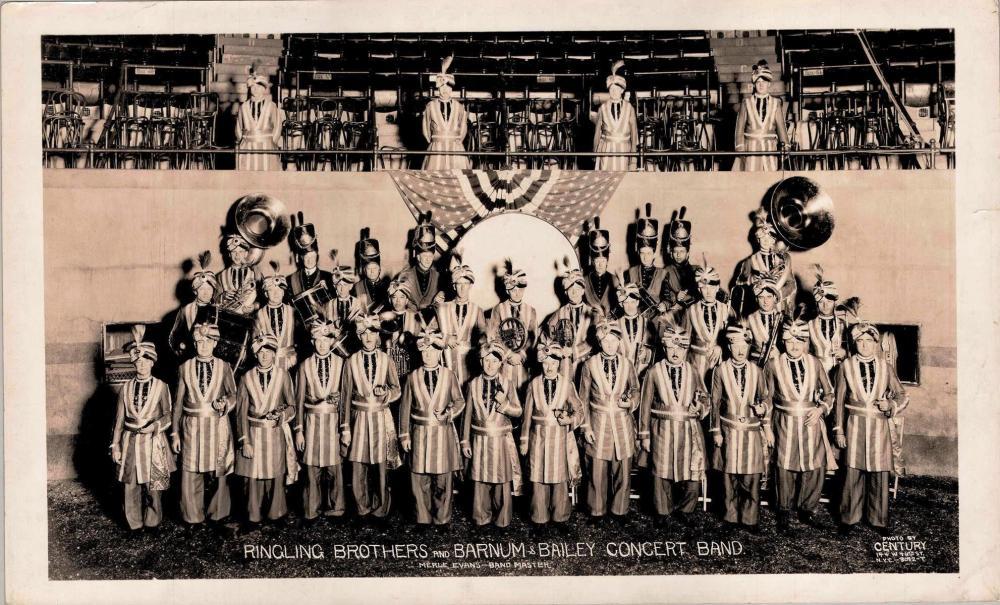 EDWARD J. KELTY (AMERICAN, 1888-1967) PHOTOGRAPH