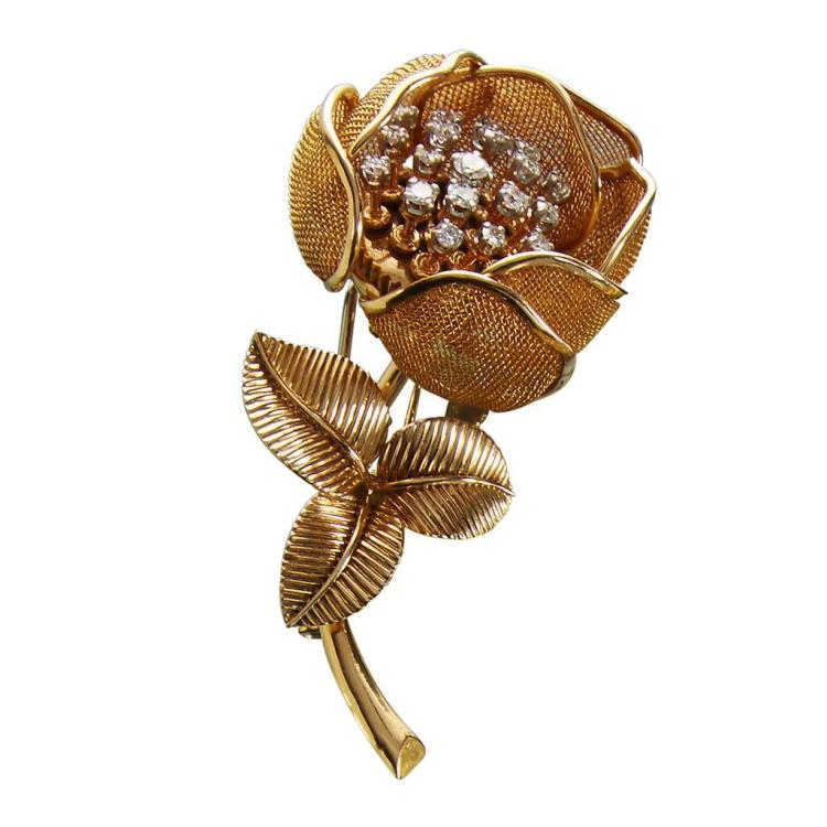 A diamond and eighteen karat gold entremblant brooch, Piaget France,