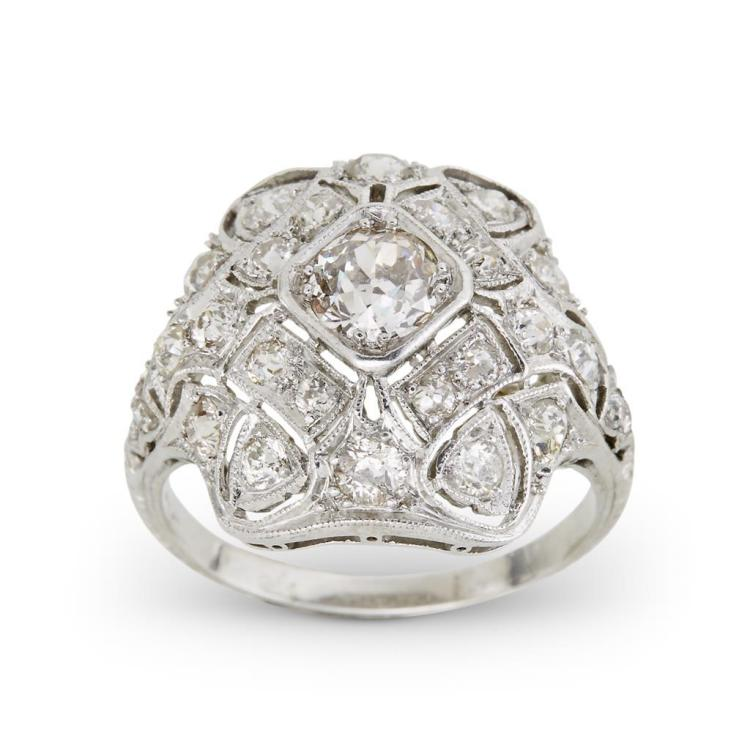 A Belle Époque diamond and platinum ring, circa 1915