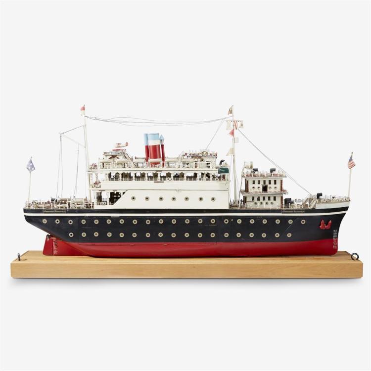 An American twin-screw passenger liner full-hull rigged motorized folk art President Roosevelt, 20th century