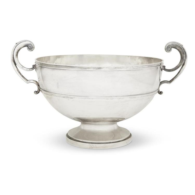 A Scottish Victorian sterling silver footed punch bowl, Hamilton & Inches, Edinburgh, 1900