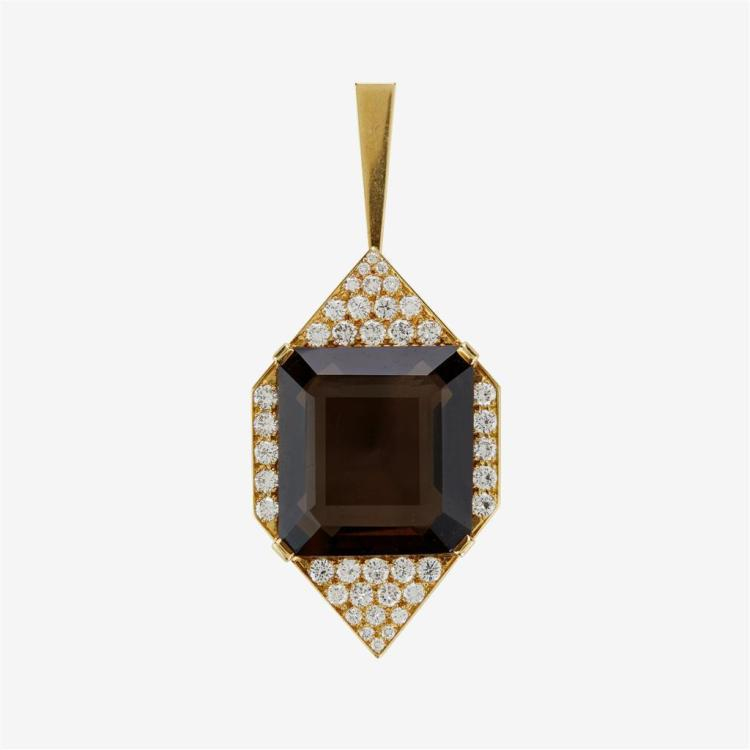 A quartz, diamond and eighteen karat gold pendant,