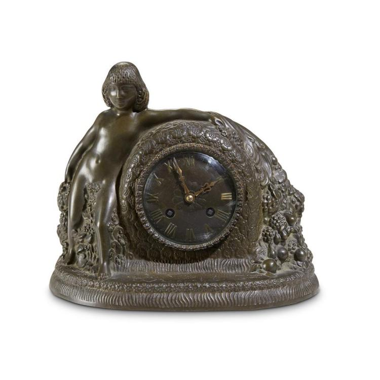 A French Art Deco cast bronze mantel clock, Gustav Gillot, 1923-1928