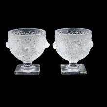 A matching pair of Lalique ''Elizabeth'' sparrow vases, France, 20th century