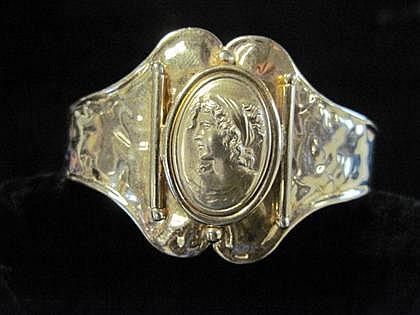 14 karat yellow gold cuff bracelet, , Center panel featuring female profile.