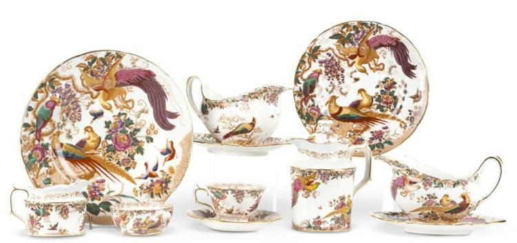 A Royal Crown Derby dinner service, mid-20th century