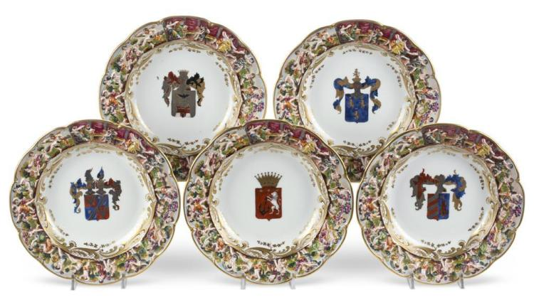 A set of Capo di Monte porcelain dinner plates and bowls, 20th century