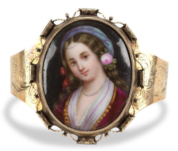 A Victorian porcelain portrait bracelet, continental, 19th century