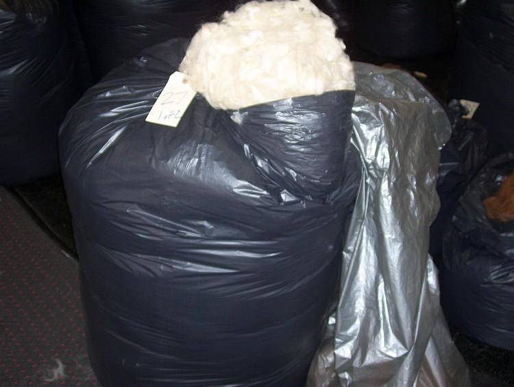 2 bags beige grade 2 buld