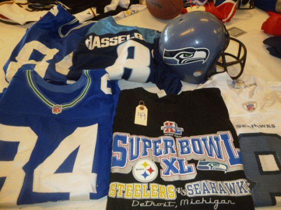 sports shoes 4b3a6 304b1 Seattle Seahawks Jersey Lot 1