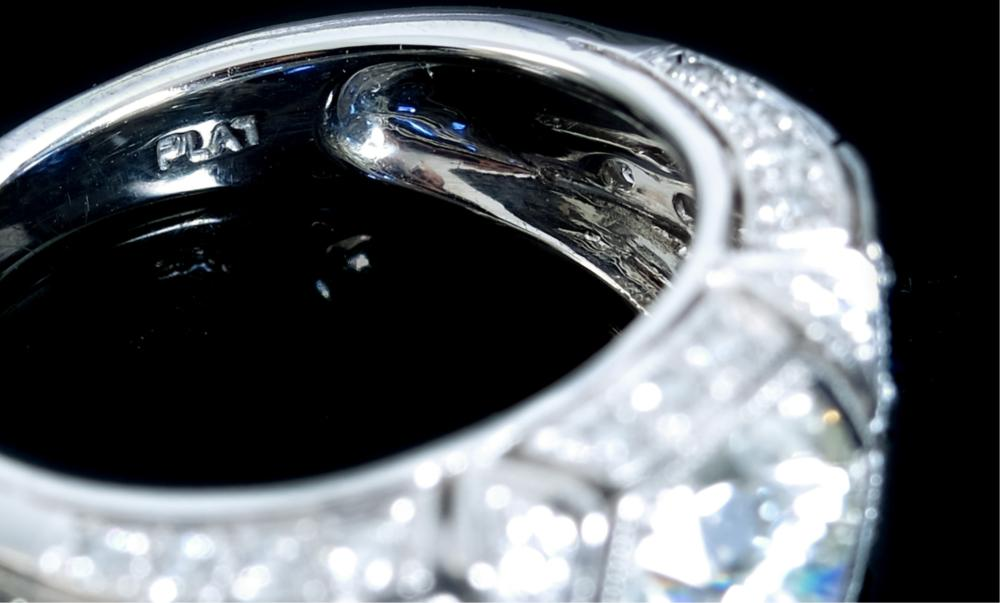 Saturn Jewels Platinum Diamond & Sapphire Ring