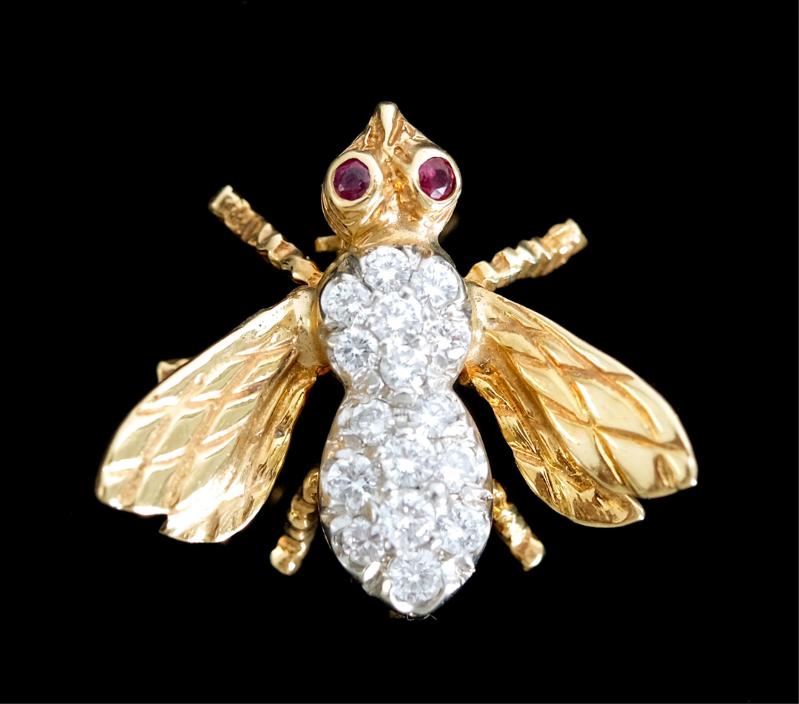 18k Yellow Gold & Diamond Bee Brooch Pin