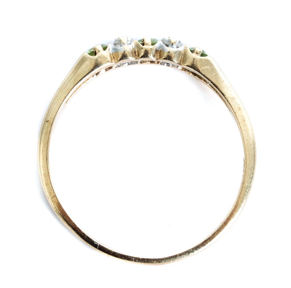 10k Yellow Gold Gemstone Ring Band, Size 9 1/2