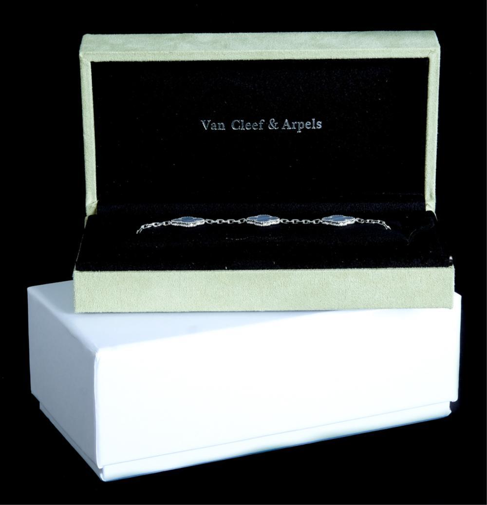 Attr. VCA 18k WG 5 Motif Alhambra MOP Bracelet