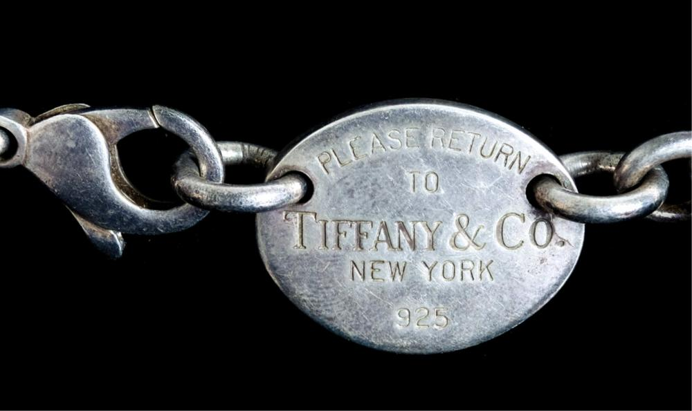Tiffany & Co. Return to Tiffany Sterling Necklace