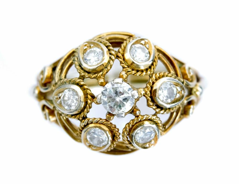 Vintage 10k Two Tone Ring w/7 Diamonds, Size 5 1/2