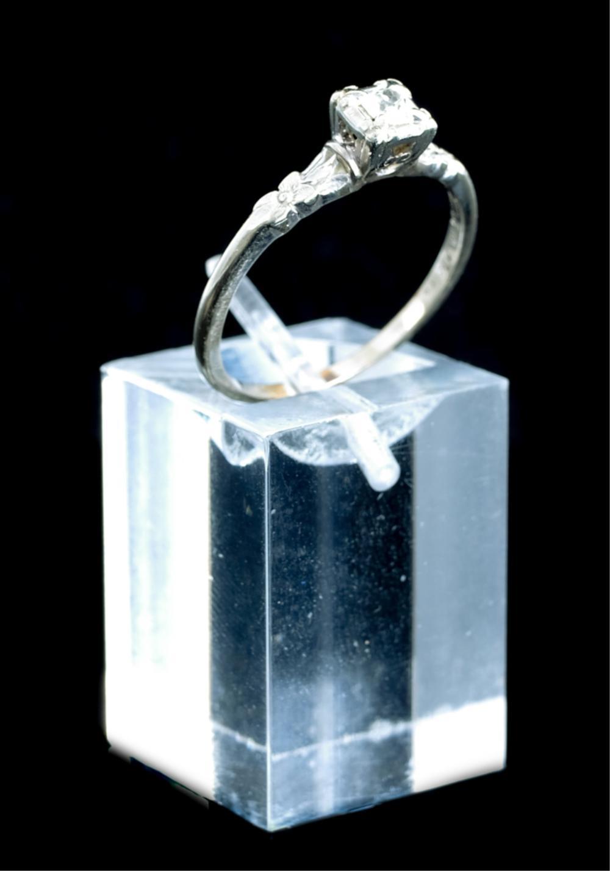 Vintage 'Orange Blossom' 14k Diamond Ring