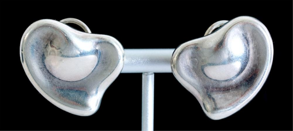 Elsa Peretti Tiffany & Co Sterling Heart Earrings