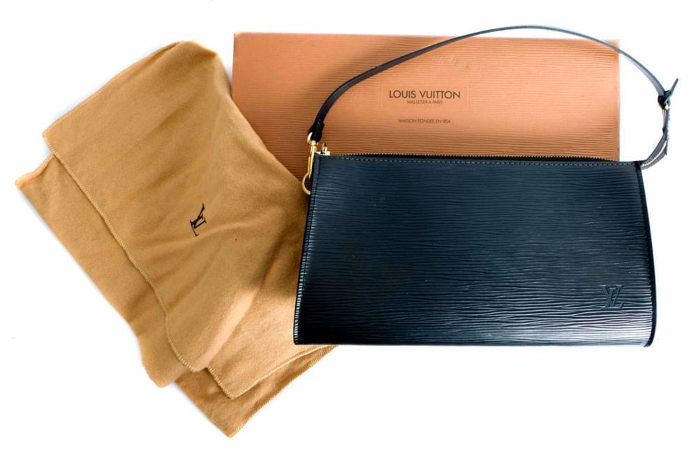 Louis Vuitton Pochette Clutch In Black Epi Leather
