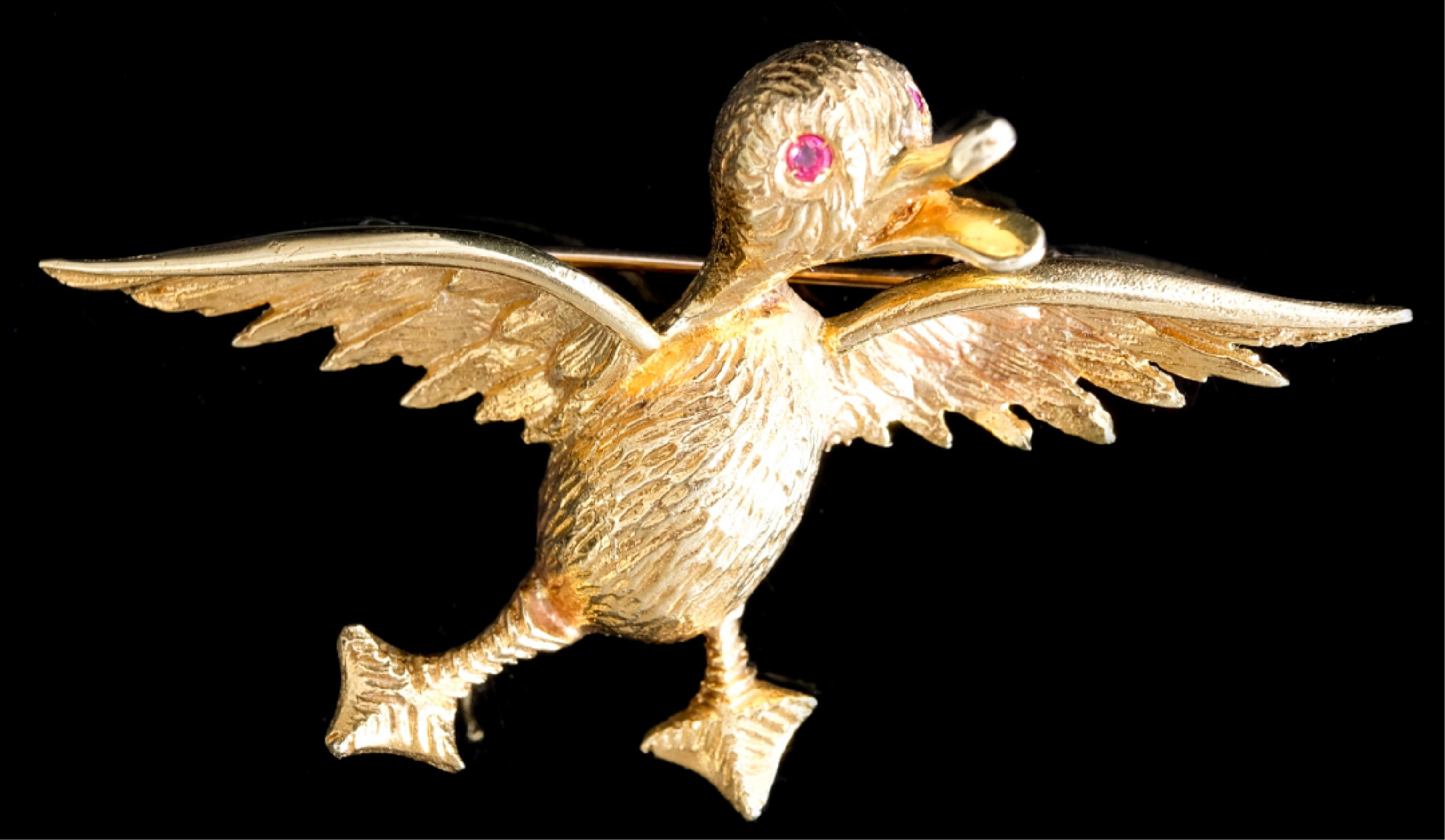 Vintage 18K Yellow Gold Duck Pin w/Rubies