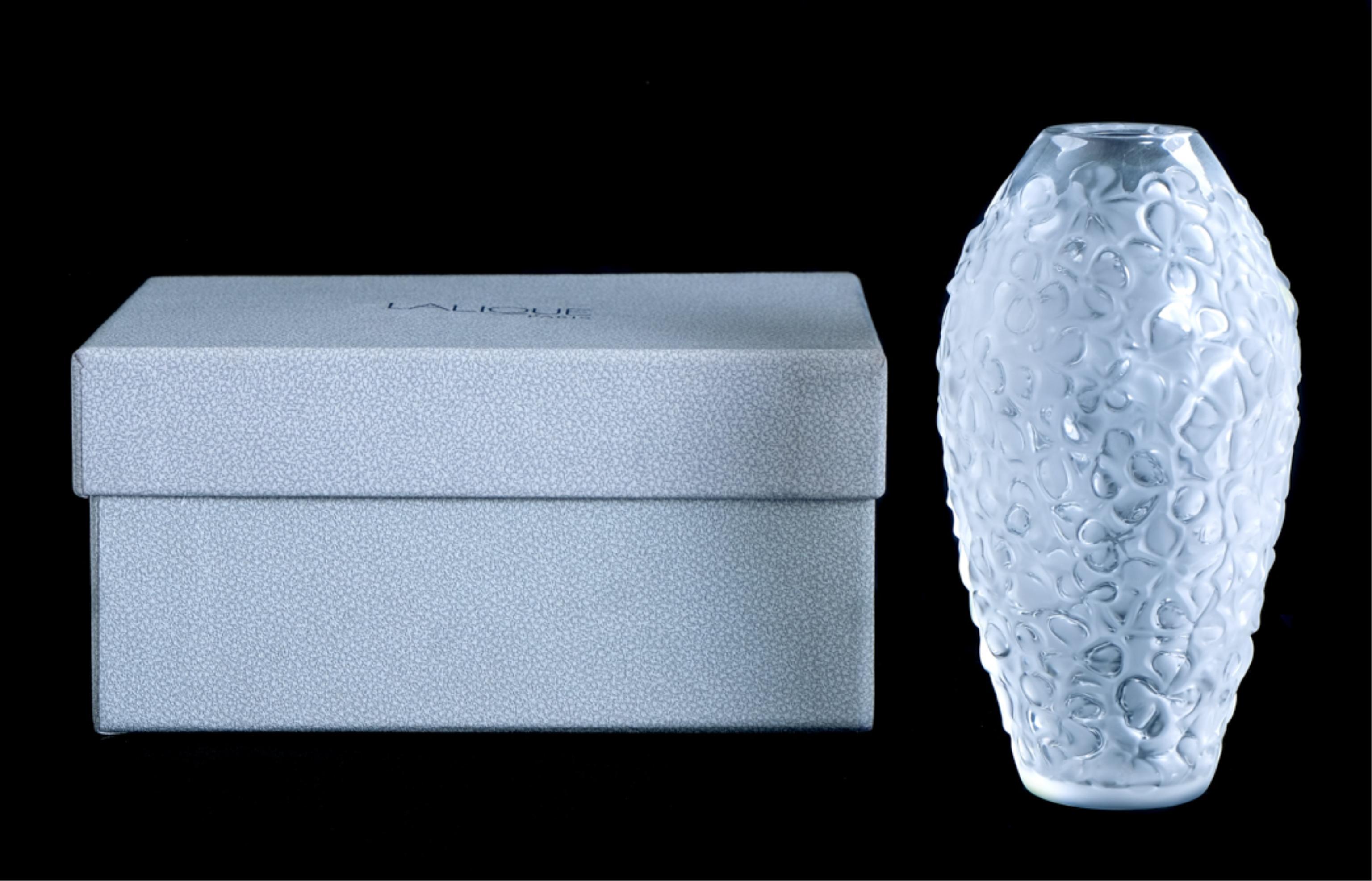 Lalique Crystal Violeta Vase Clear NIB