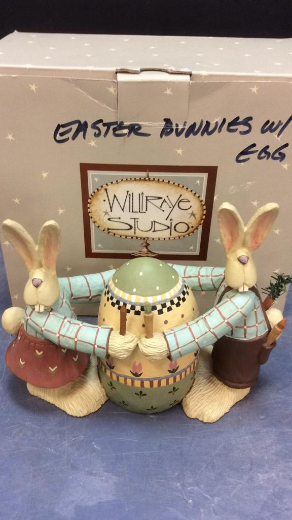 Williraye Studio Easter Bunny With Egg Figurine
