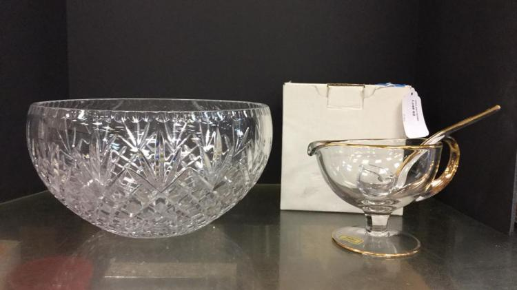 Large Crystal punch bowl approximately 6.5